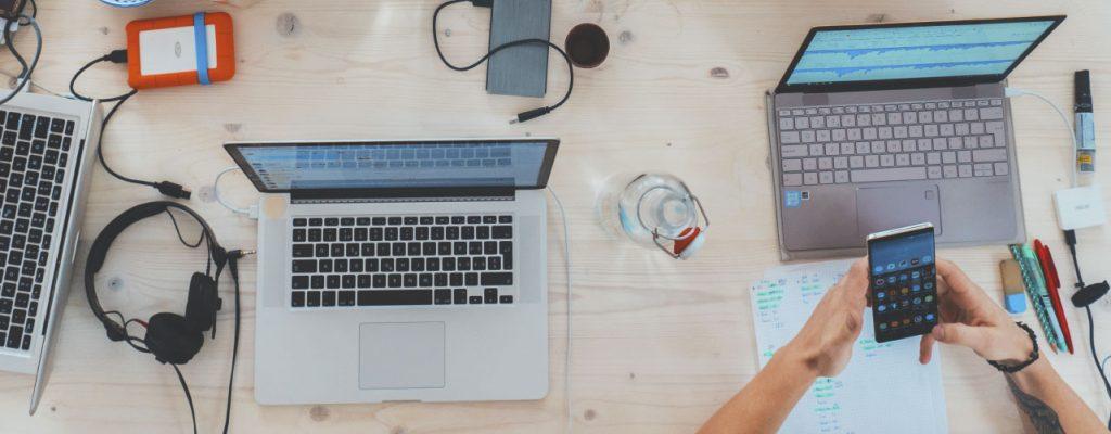 Quantidade de acessos à internet pelos celulares ultrapassou dos desktops